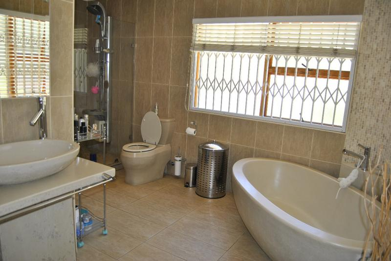 Property For Sale in Meyersdal, Alberton 25