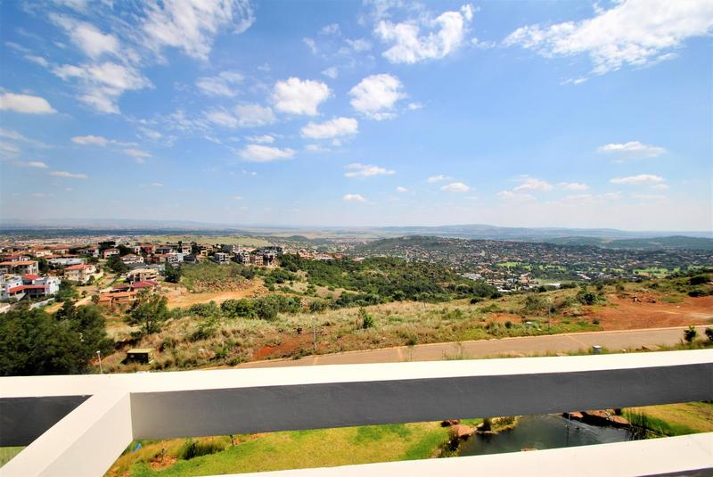 Property For Sale in Bassonia, Johannesburg 22