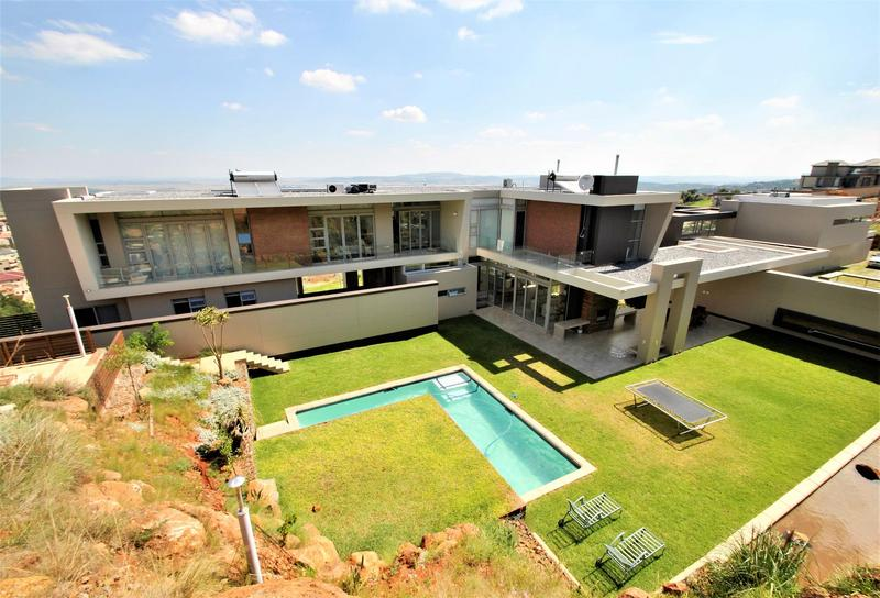 Property For Sale in Bassonia, Johannesburg 1