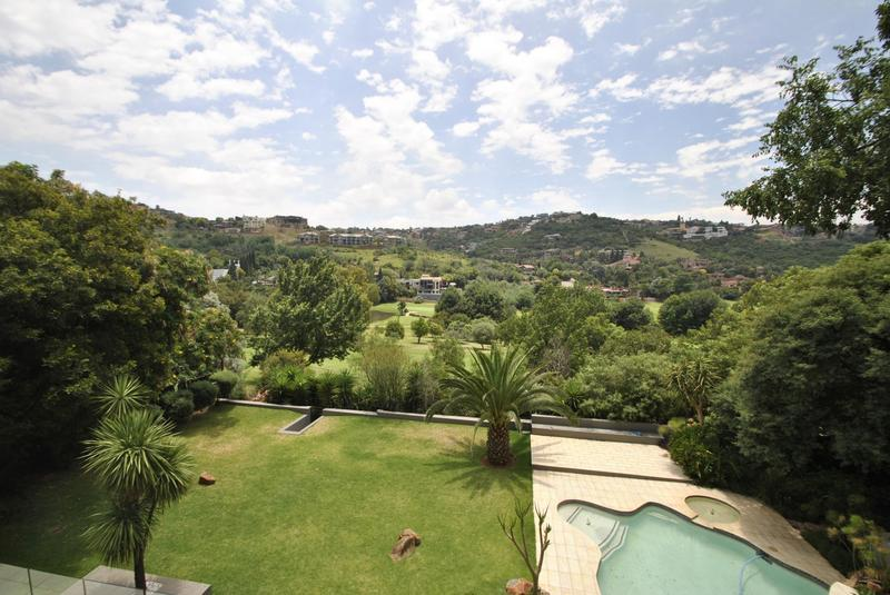 Property For Sale in Glenvista, Johannesburg 32