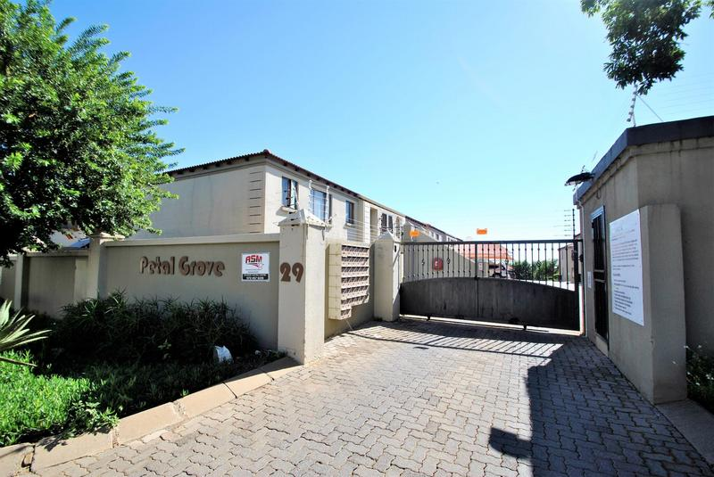 Property For Sale in Meyersdal, Alberton 14
