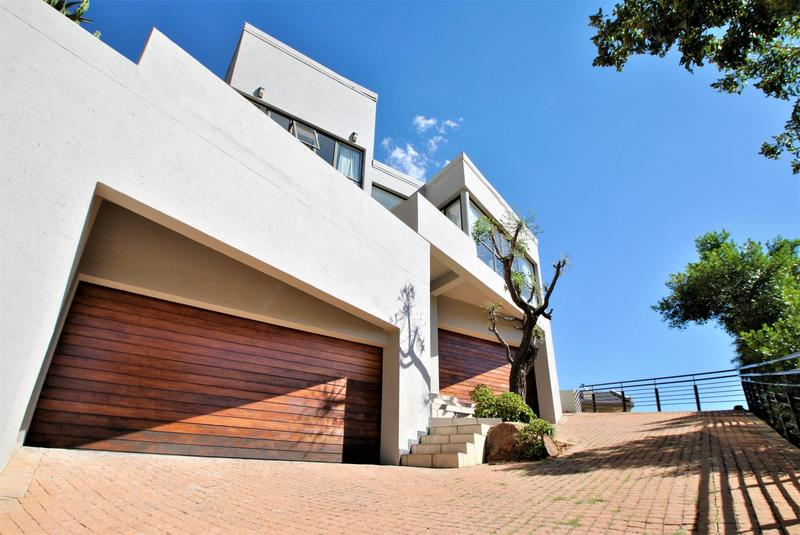 Property For Sale in Bassonia, Johannesburg 37