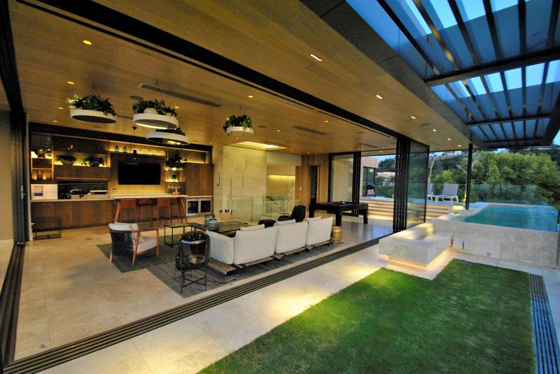 Property For Sale in Houghton, Johannesburg 30