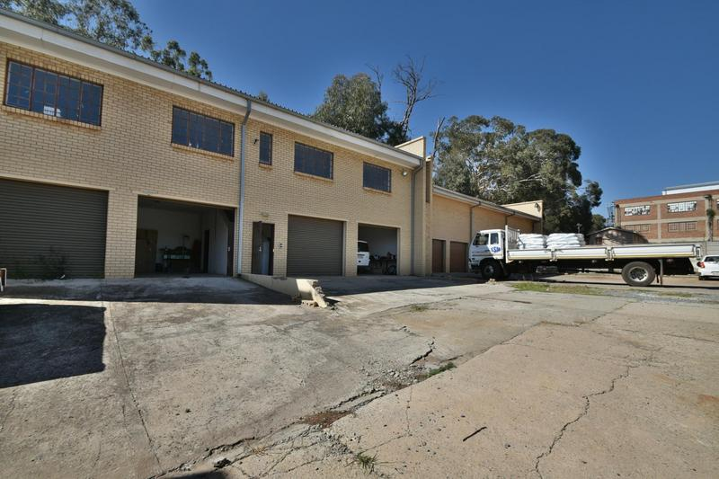 Property For Sale in Robertsham, Johannesburg 10