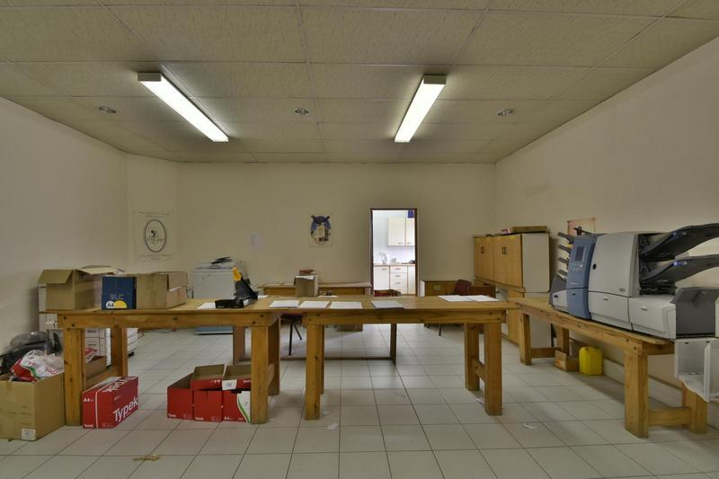 Property For Sale in Robertsham, Johannesburg 19