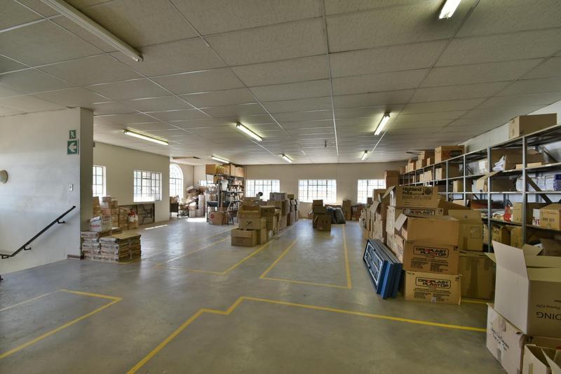 Property For Sale in Robertsham, Johannesburg 24