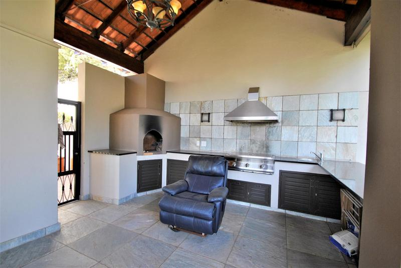 Property For Sale in Linksfield Ridge, Johannesburg 11