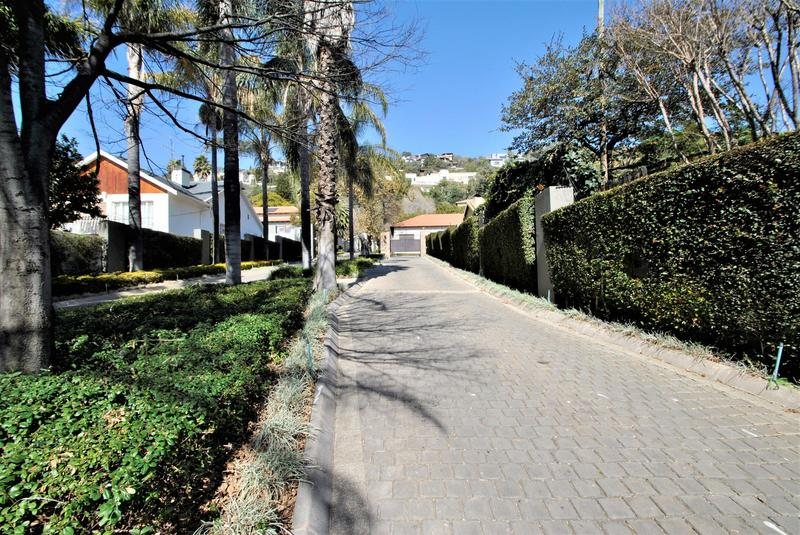 Property For Sale in Linksfield Ridge, Johannesburg 36