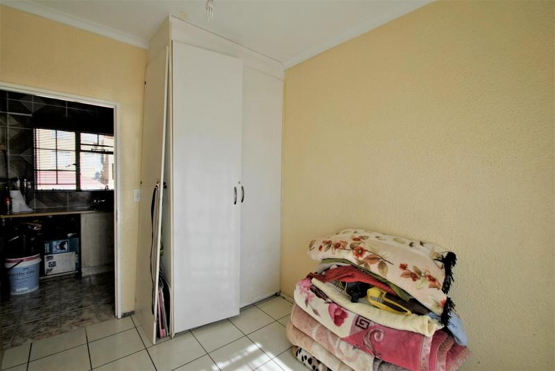 Property For Sale in Naturena, Johannesburg 11