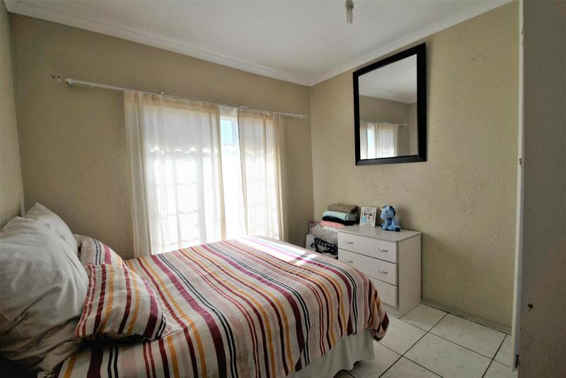 Property For Sale in Naturena, Johannesburg 8