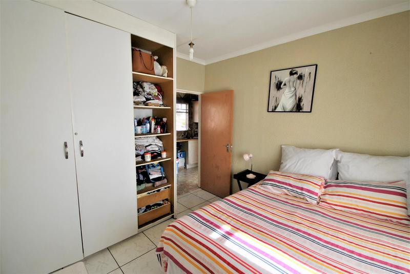 Property For Sale in Naturena, Johannesburg 9