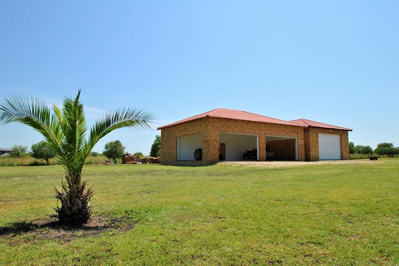 Property For Sale in Oranjeville, Oranjeville 43