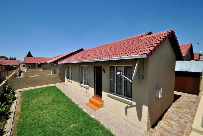 Property For Sale in Ormonde, Johannesburg 16