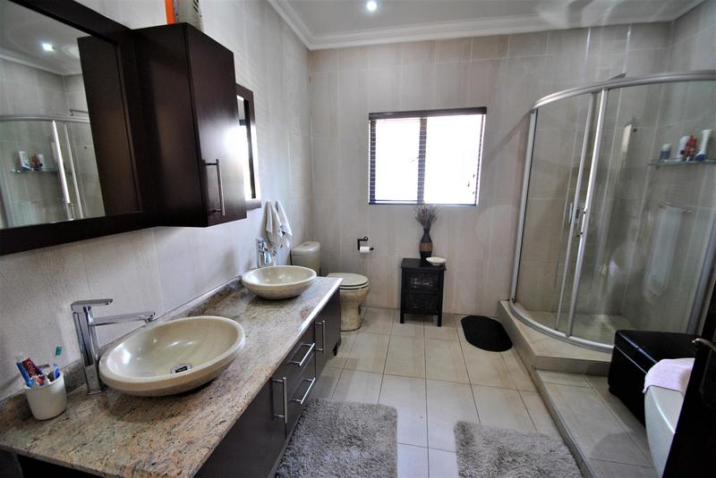 Property For Sale in Aspen Hills Nature Estate, Johannesburg 16