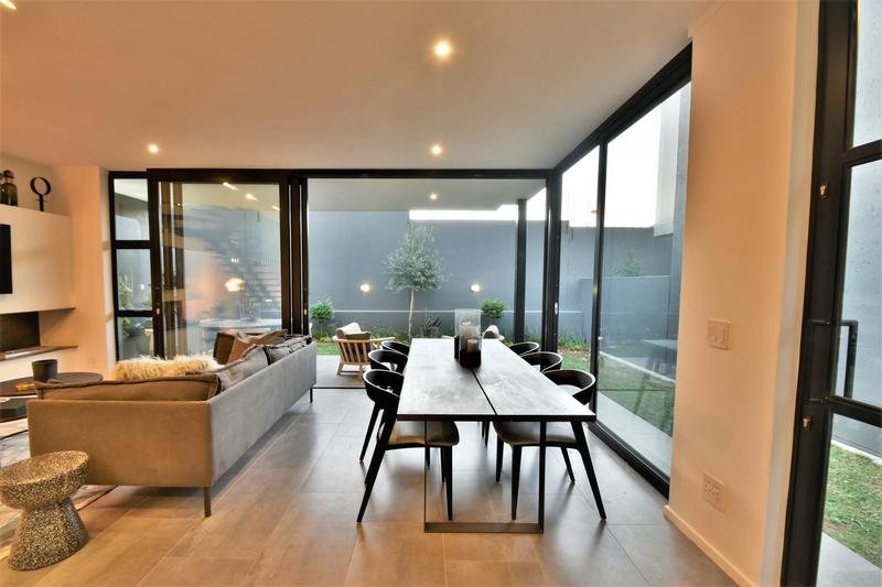 Property For Sale in Hyde Park, Sandton 12