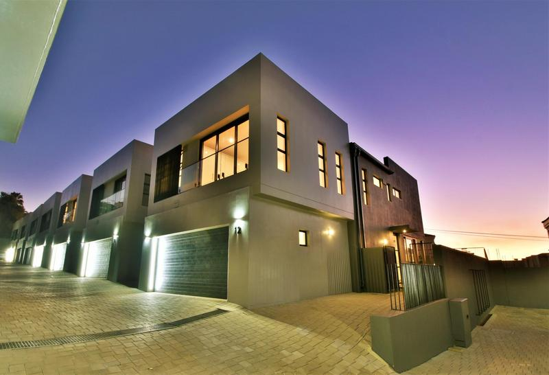 Property For Sale in Hyde Park, Sandton 28