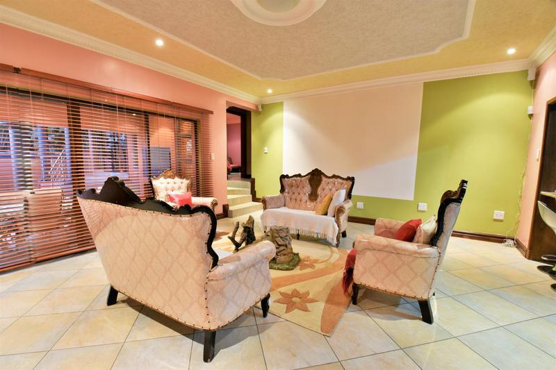 Property For Sale in Bassonia Estate, Bassonia Rock 13