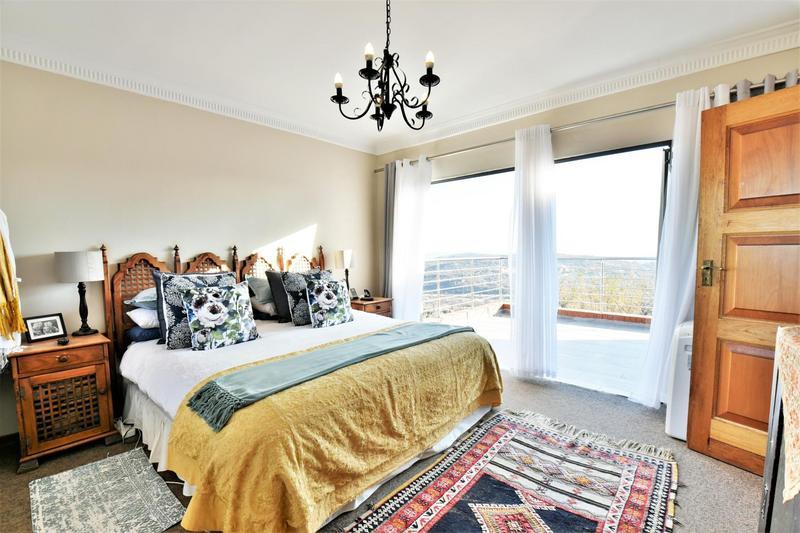 Property For Sale in Glenvista, Johannesburg 25