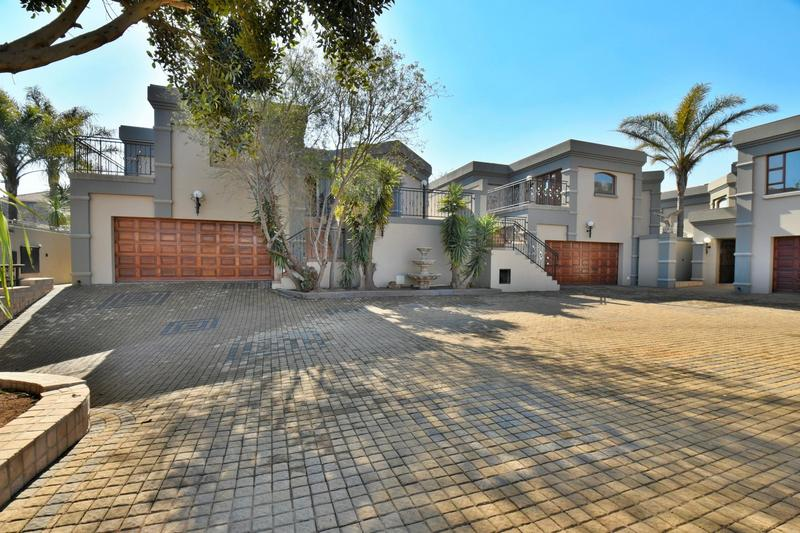 Property For Sale in Bassonia, Johannesburg 71