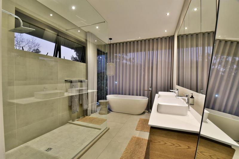 Property For Sale in Illovo, Sandton 30