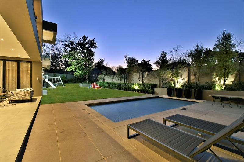 Property For Sale in Illovo, Sandton 38