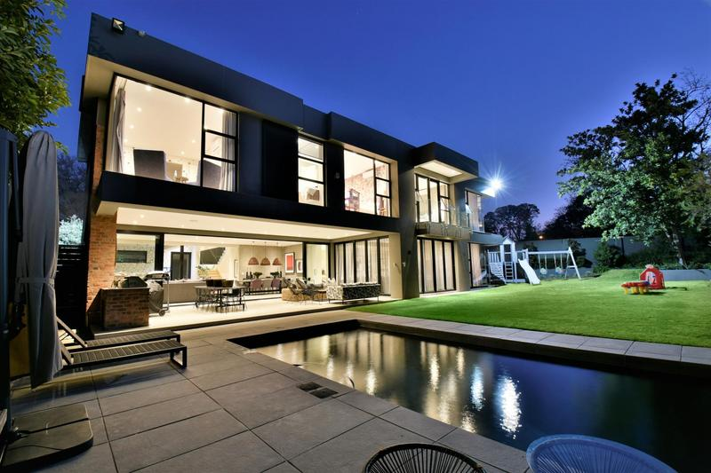 Property For Sale in Illovo, Sandton 42