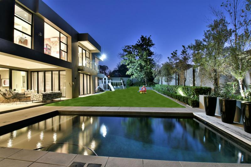Property For Sale in Illovo, Sandton 43