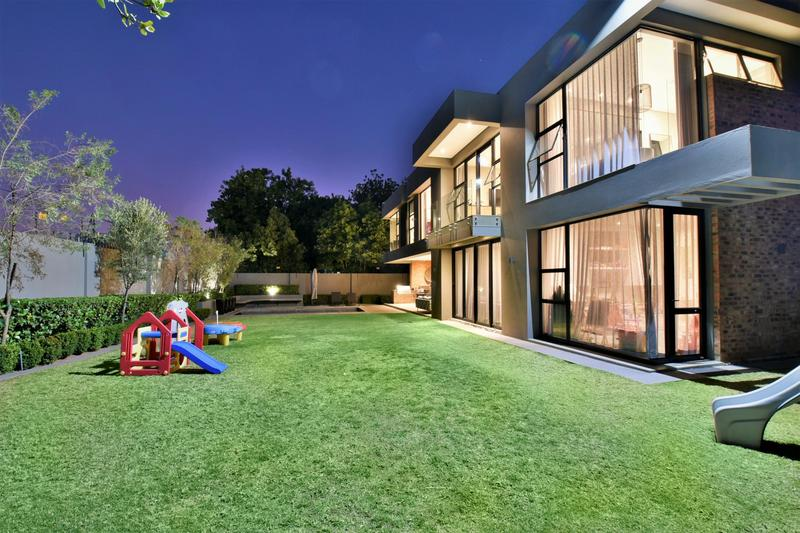 Property For Sale in Illovo, Sandton 44