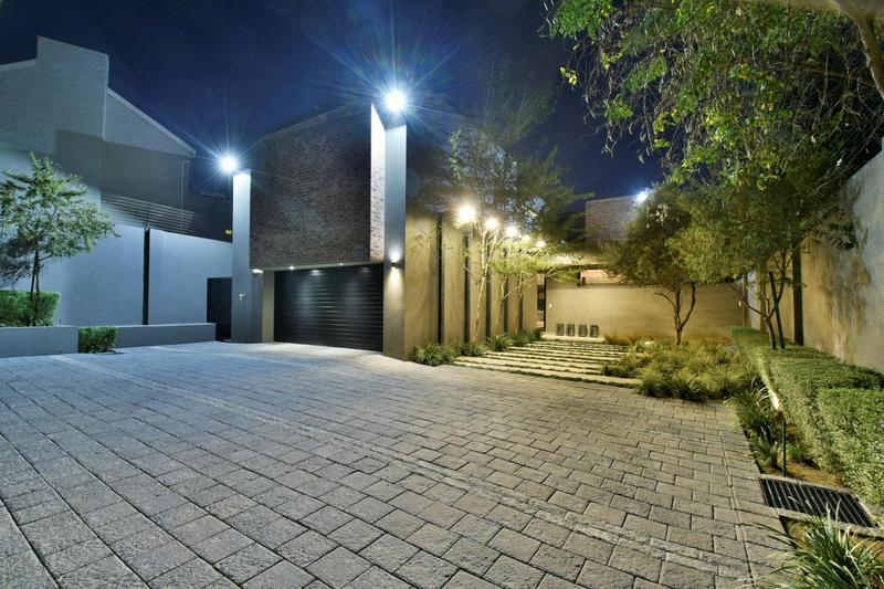 Property For Sale in Illovo, Sandton 50
