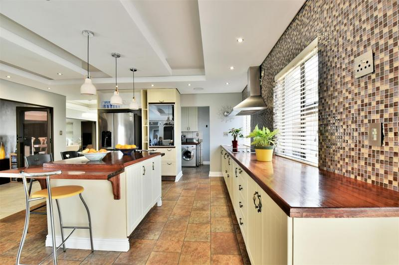 Property For Sale in Aspen Hills Nature Estate, Johannesburg 9