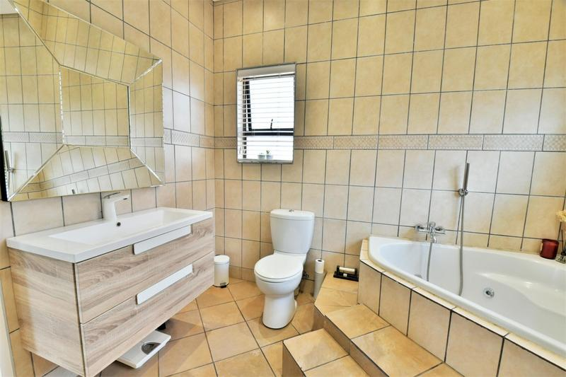 Property For Sale in Aspen Hills Nature Estate, Johannesburg 21