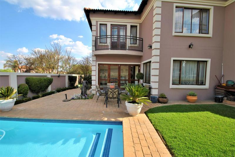 Property For Sale in Aspen Hills Nature Estate, Johannesburg 38