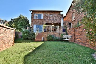 Property For Sale in Glenvista, Johannesburg