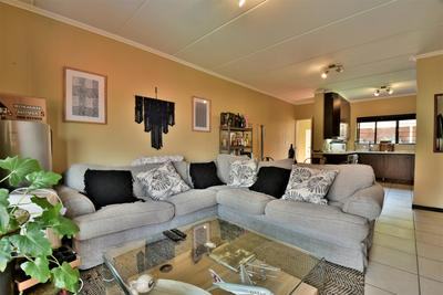 Property For Sale in Douglasdale, Sandton