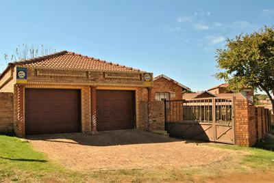 Property For Sale in Naturena, Johannesburg