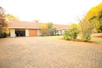 Property For Sale in Risiville, Vereeniging