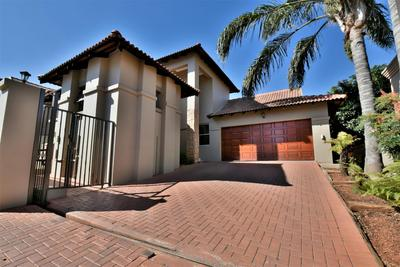 Property For Sale in Strubensvallei, Roodepoort