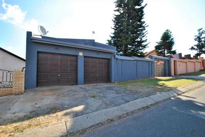 Property For Sale in Diepkloof, Diepkloof