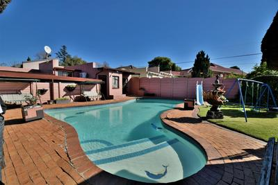 Property For Sale in Linmeyer, Johannesburg