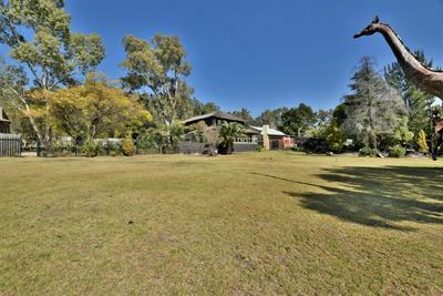 Property For Sale in Eikenhof, Johannesburg