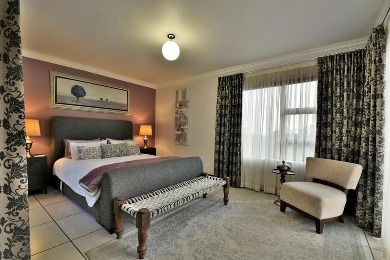 Property For Sale in Glenvista, Johannesburg 63
