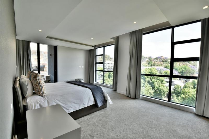 Property For Sale in Houghton, Johannesburg 12