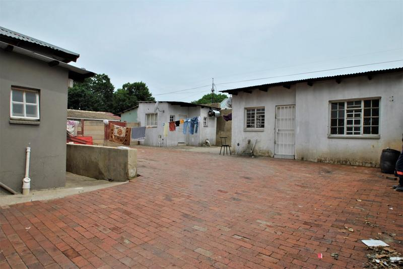 Property For Sale in Turffontein, Johannesburg 11