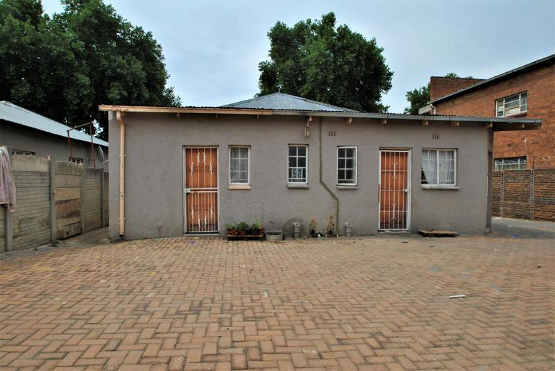 Property For Sale in Turffontein, Johannesburg 13