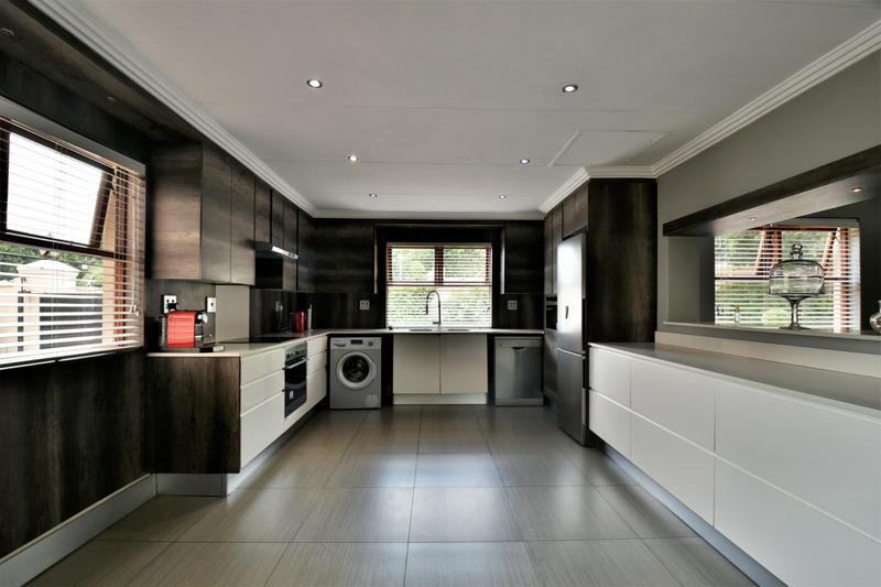 Property For Sale in Sandhurst, Sandton 4
