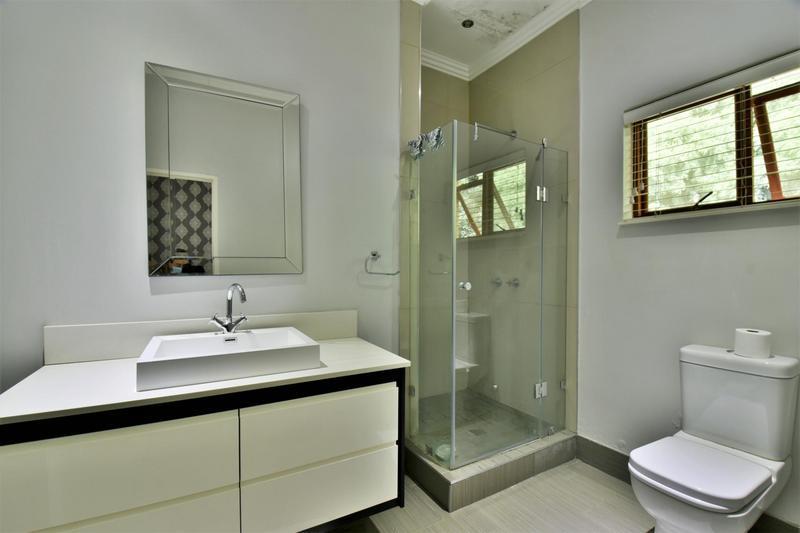 Property For Sale in Sandhurst, Sandton 20