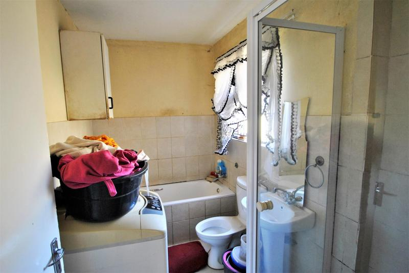 Property For Sale in Leondale, Germiston 9