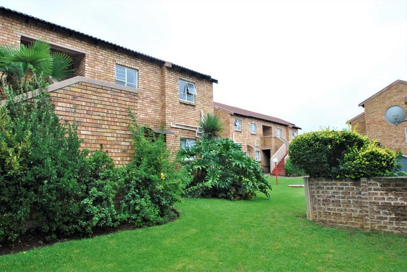 Property For Sale in Liefde En Vrede, Johannesburg 2
