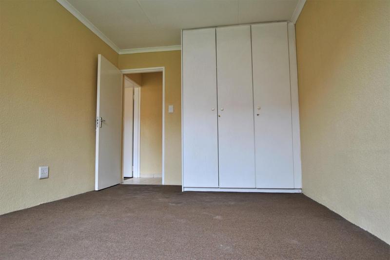 Property For Sale in Liefde En Vrede, Johannesburg 14