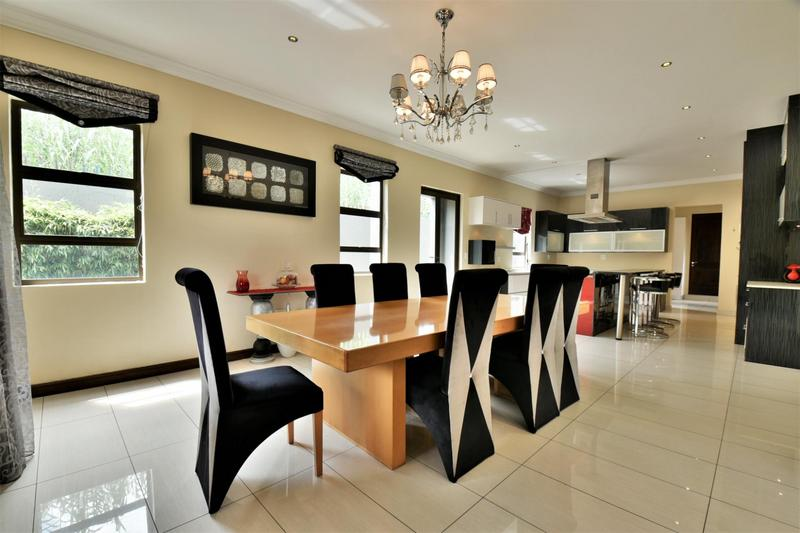Property For Sale in Woodmead, Sandton 9